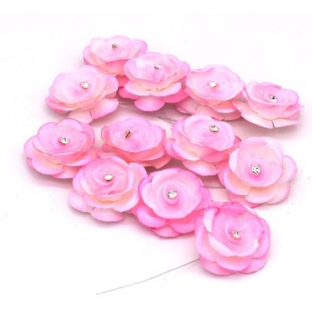 Fiori decorativi con punto luce rosa