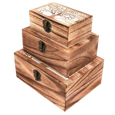 Set di tre scatole di legno colorate
