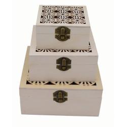 Tris scatole legno incise a...